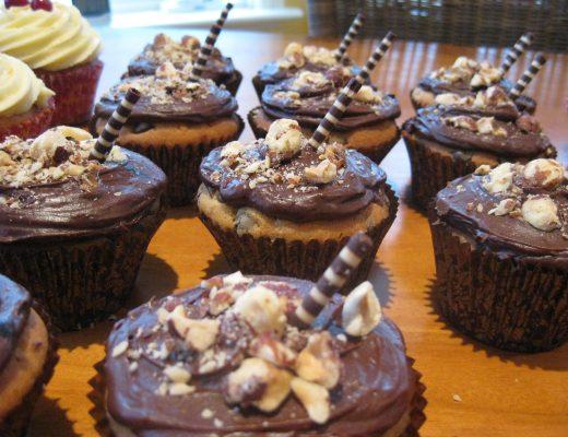 Cappuccino cupcakes | becs-table.com.au