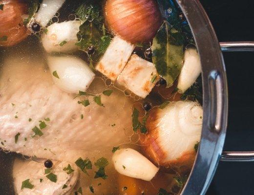 Chicken stock | becs-table.com.au